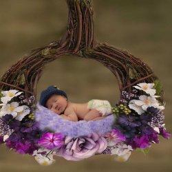 Professional Newborn And Maternity Photographer Oakville & Vaughan